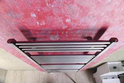 Aqualine DIRECT otopné těleso s bočním připojením 600x1330 mm, 693 W, metalická stříbrná ILS36
