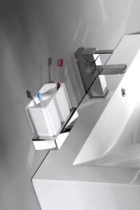 Gedy RAINBOW dávkovač mýdla na postavení, bílá RA8002